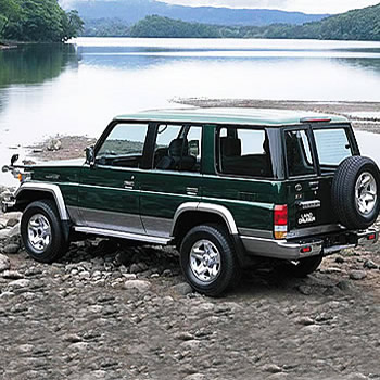 1496158636!!-!!toyota-land cruiser-70.jpg